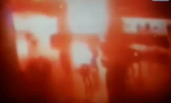トルコ 空港 テロ 画像
